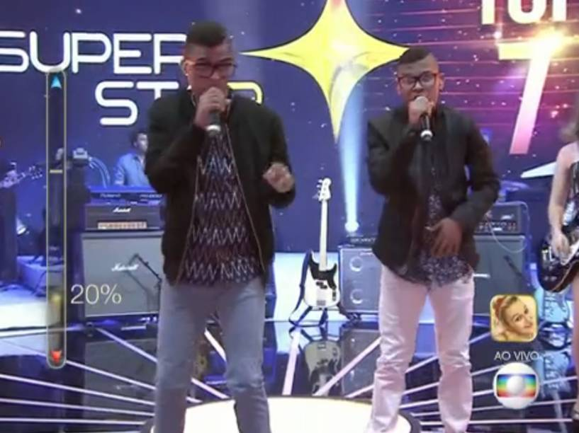 Lucas e Orelha no SuperStar