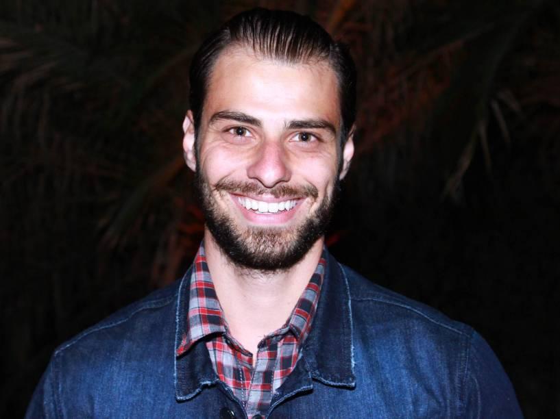 Lucas Malvacini, o anjinho de Félix (Mateus Solano) em Amor à Vida (2013), em festa julina