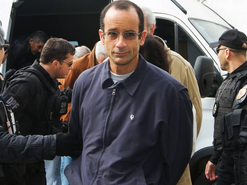 Marcelo Odebrecht da construtora Odebrecht é encaminhado para o IML de Curitiba (PR), na manhã deste sábado (20)