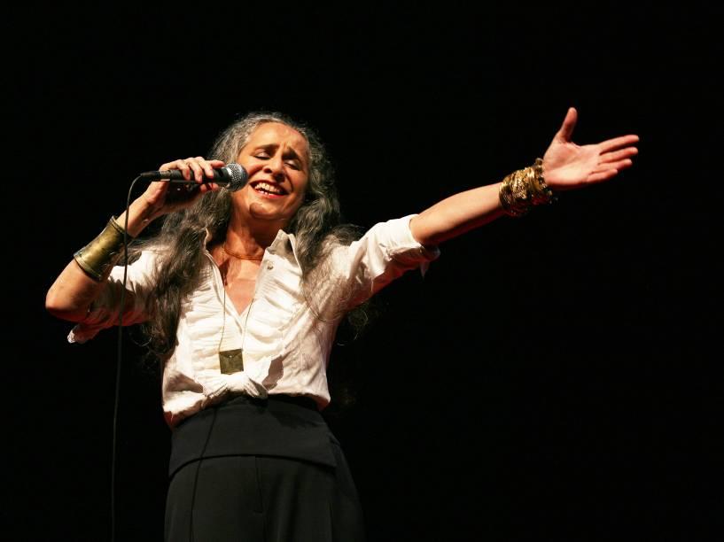 Maria Bethânia durante apresentação em Londres, Inglaterra