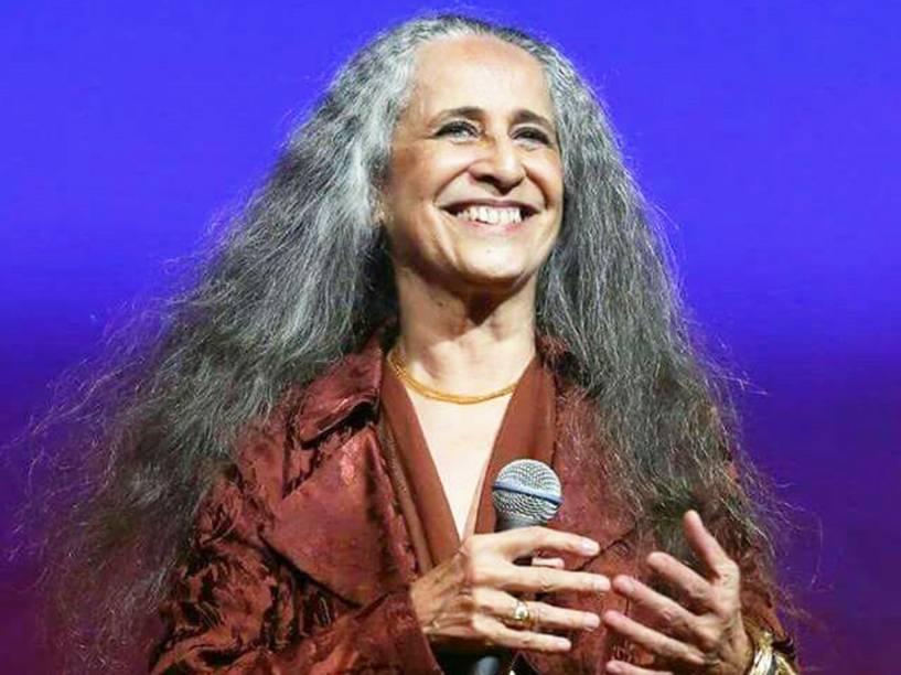 A cantora Maria Bethânia