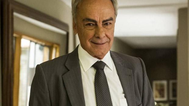 O advogado (Roberto Pirillo) pode ser o mandante de Maurilio e grande vilão de Império, apostam leitores