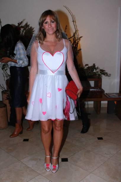 Monica Salgado em festa julina