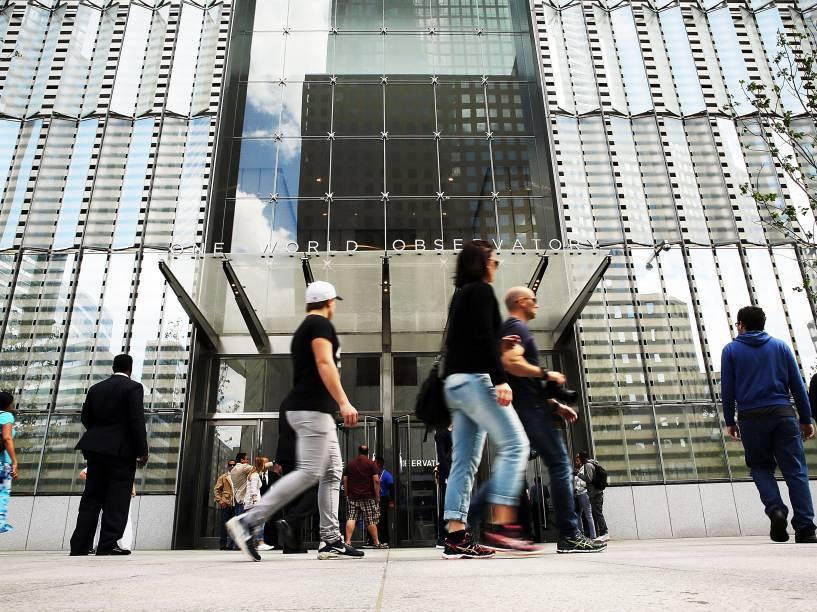 Três a quatro milhões de visitantes são esperados durante o primeiro ano do observatório do One World Trade Center em Nova York
