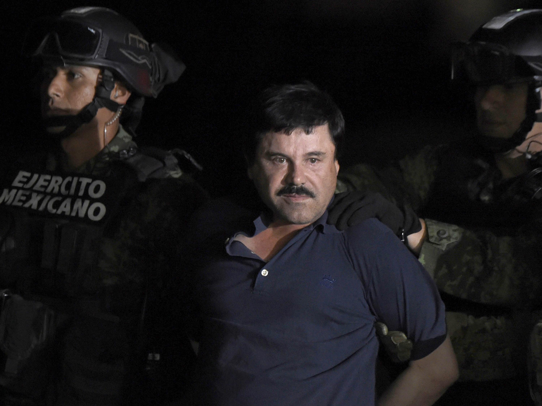 Traficante 'El Chapo' está ficando louco e careca na prisão