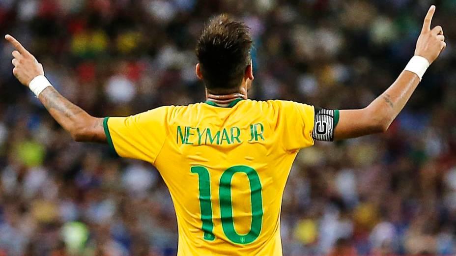 Neymar foi o destaque da vitória brasileira sobre o Japão, na terça-feira