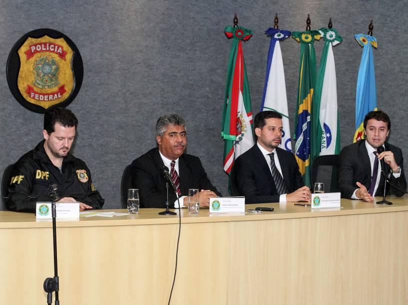 Coletiva de imprensa na sede da Polícia Federal, em Curitiba (PR), para falar sobre a 27ª fase da Operação Lava Jato, na manhã desta sexta-feira (01)