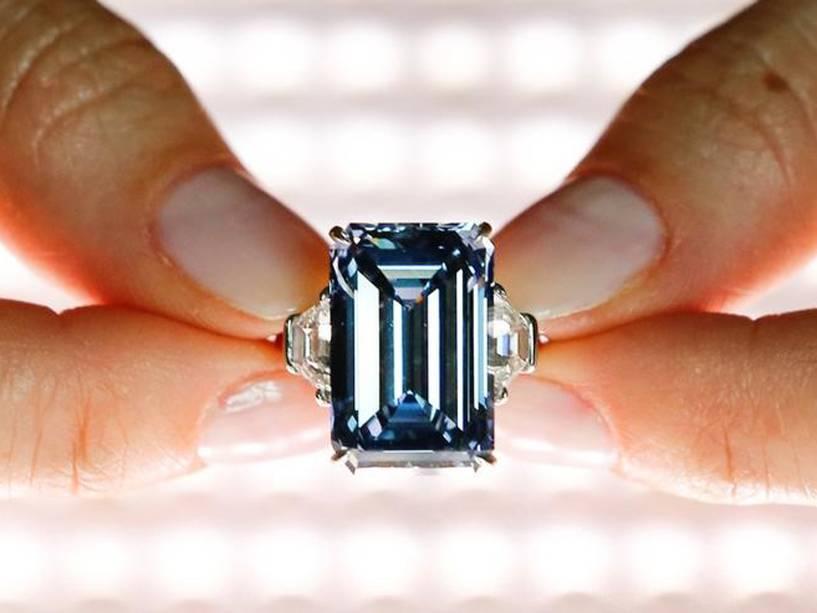 """O diamante azul """"Oppenheimer Blue"""""""