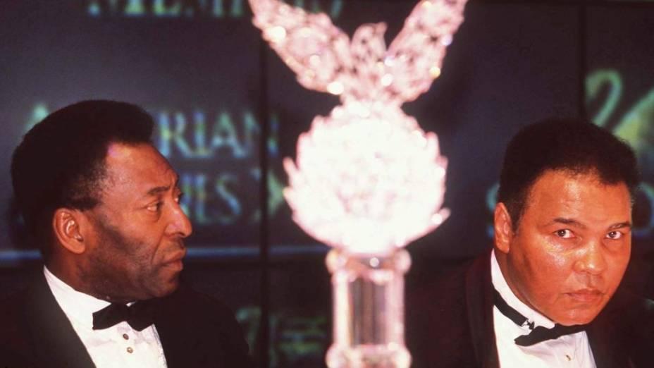 Pelé e Muhammad Ali, dois dos maiores atletas de todos os tempos