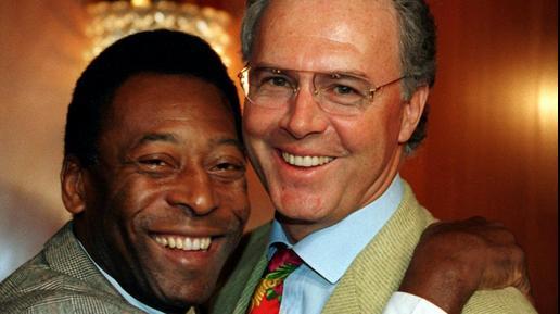 Pelé e Franz Beckenbauer, que foram companheiros no Cosmos
