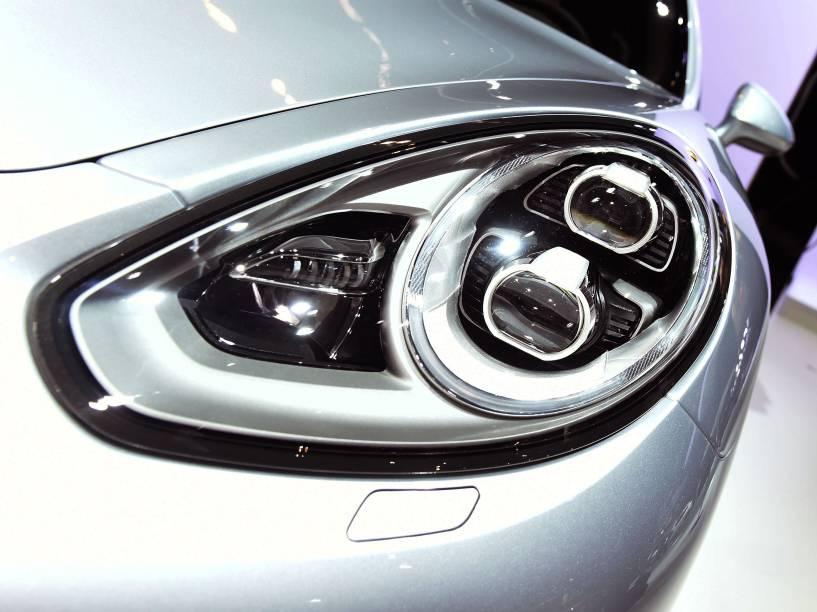 Detalhe do Porsche Panamera S e-Hybrid