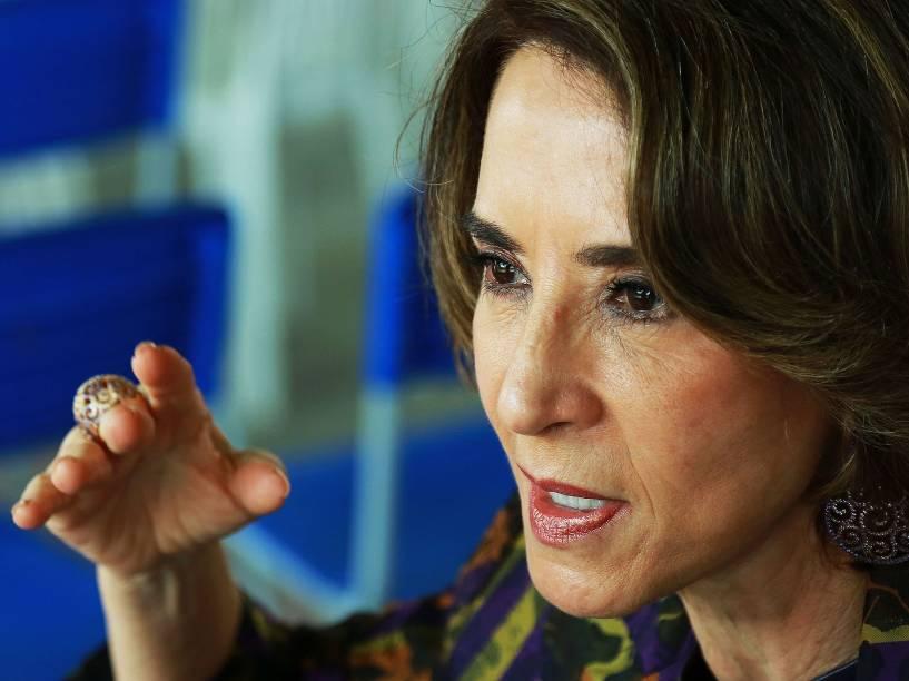 A secretária de Educação de Goiás, Raquel Teixeira, durante cerimônia de inauguração da Escola Estadual Roberto Civita
