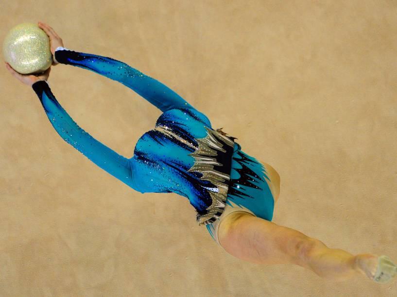 Katsiaryna Halkina, da Bielorrússia, foi medalha de bronze no mundial de ginástica em Debrecen, na Hungria