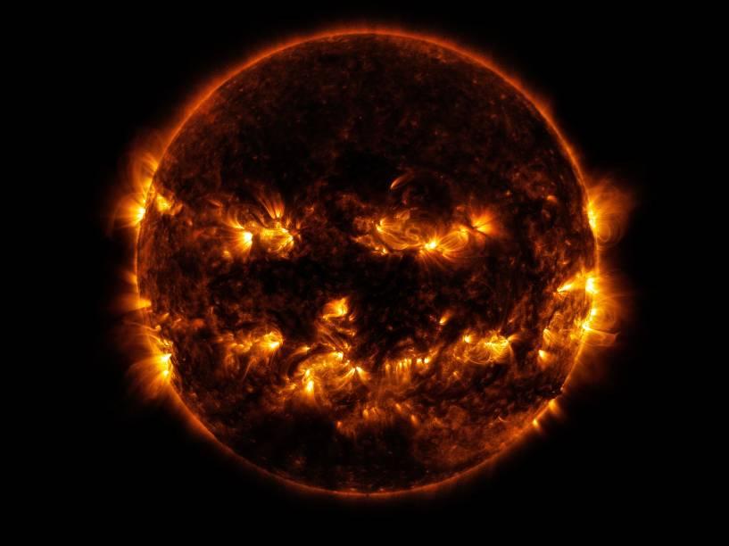 Satélite fotografou as regiões mais ativas do Sol