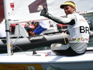 O velejador Robert Scheidt fica com a prata na classe Laser nos Jogos Pan-Americanos de Toronto, no Canadá - 18/07/2015