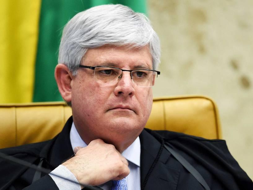 O procurador geral da República (PGR), Rodrigo Janot, na sessão plenária do STF (Supremo Tribunal Federal), sob a presidência do ministro Ricardo Lewandowski, onde é julgado o rito do impeachment da presidente Dilma a ser conduzido pela Câmara dos Deputados