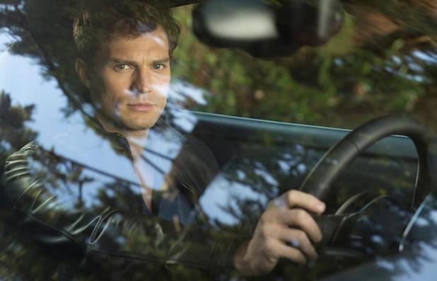 O ator Jamie Dornan como o personagem Christian Grey, em Cinquenta Tons de Cinza
