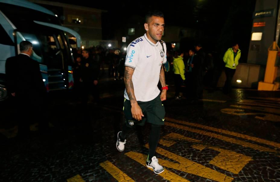 Daniel Alves: lateral exibiu confiança para o duelo contra a Croácia