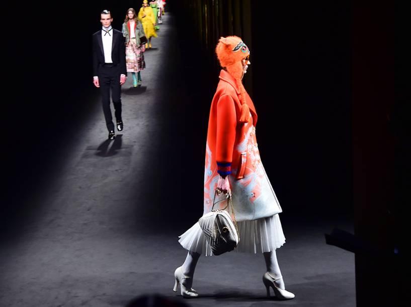Modelo apresenta criação da Guzzi, durante a Semana de Moda de Milão, na Itália