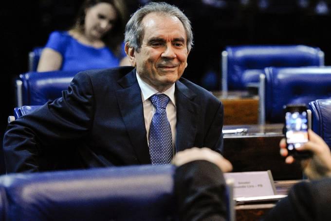 alx_senador-raimundo-lira-pmdb-20141222-0001_original.jpeg