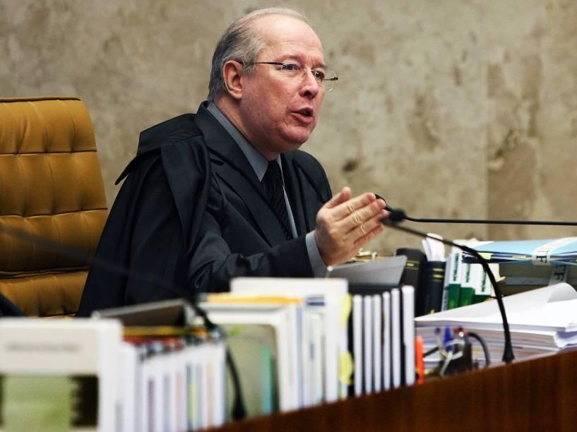 Ministro Celso de Mello durante o julgamento sobre o rito do processo de impeachment da presidente Dilma Rousseff