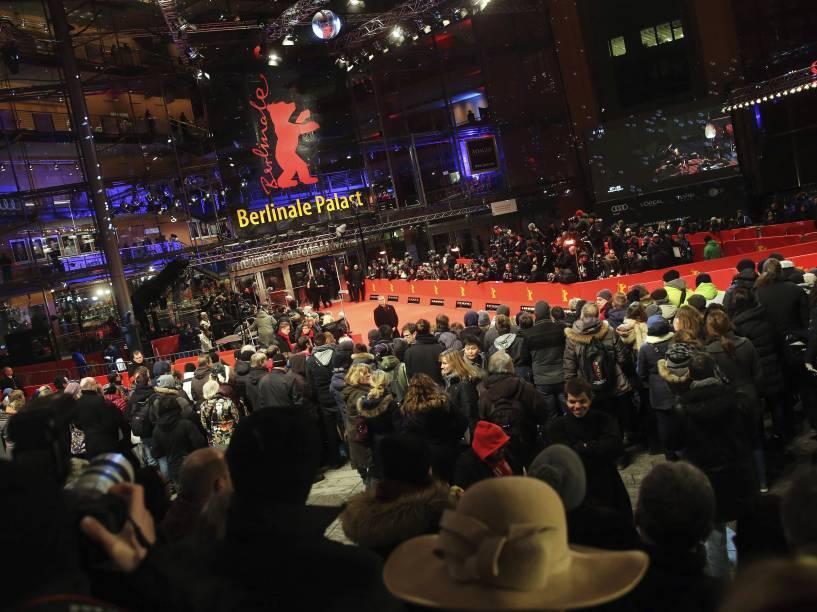 Abertura da 65ª edição do Festival Internacional de Cinema de Berlim, nesta quinta-feira (05)