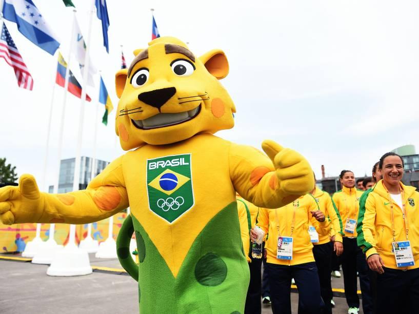 Delegação brasileira é recepcionada na Vila dos Atletas em Toronto, Canadá, na chegada para a disputa dos Jogos Pan-Americanos - 08/07/2015