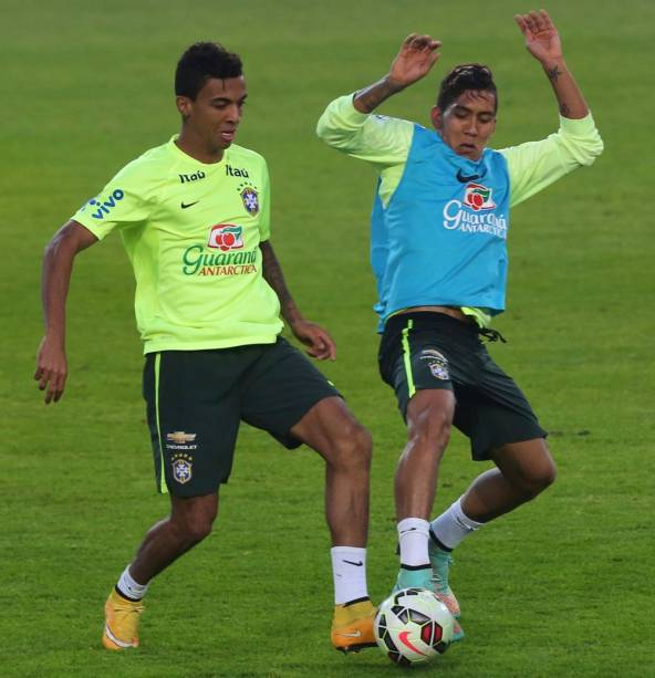 Treino da seleção brasileira em Istambul, antes de amistoso contra a Turquia