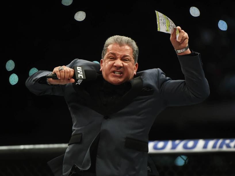 Bruce Buffer apresenta o UFC 198, na Arena da Baixada, em Curitiba