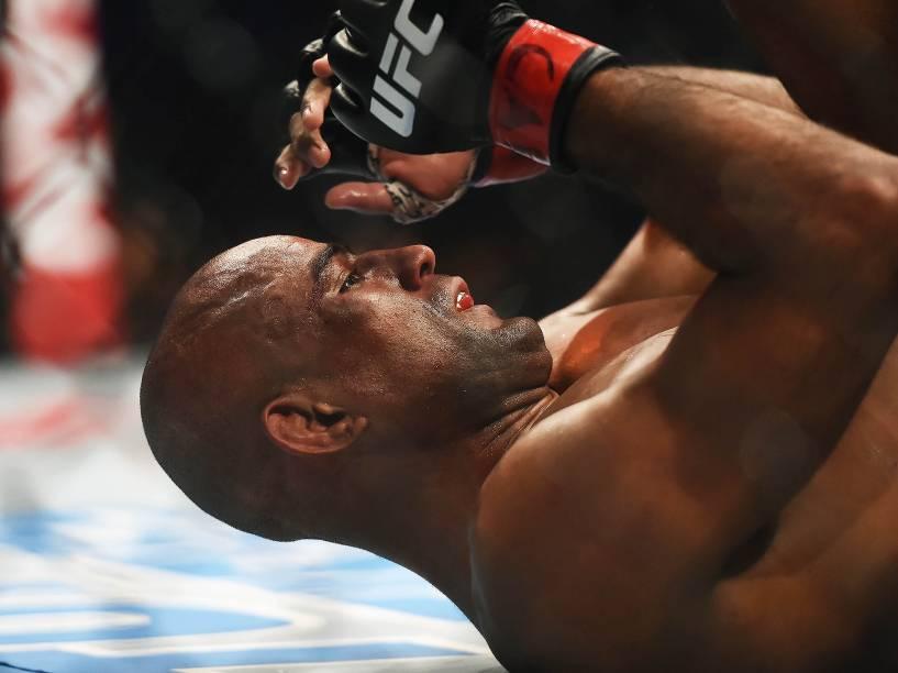 Serginho Morais disputa título no UFC 198 na Arena da Baixada, Curitiba