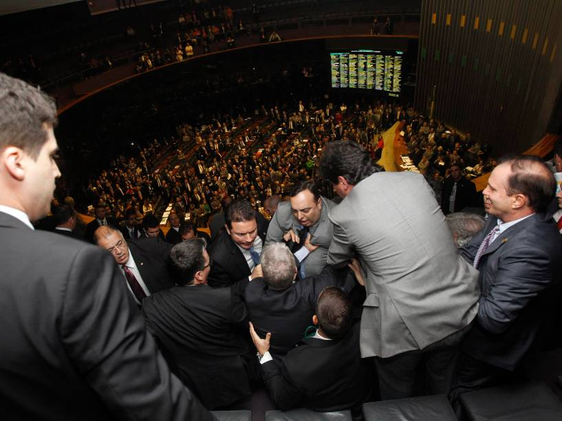 Galeria do Plenário da Câmara durante Sessão do Congresso para discussão e votação dos vetos Presidências e projeto que altera o cálculo do superavit primário (PLN 36/14)