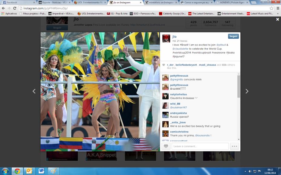 Jennifer Lopez, a cantora Claudia Leitte e o rapper Pitbull