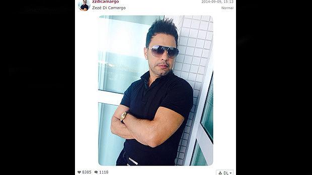 Zezé Di Camargo posa em foto no Instagram