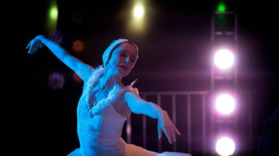 Espetáculo O Cisne com Ana Botafogo e Luis Barreta, no Anhangabaú