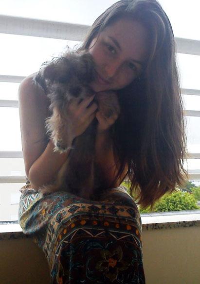 Ana Paula Anibaleto dos Santos cursava medicina veterinária desde 2012. Natural de Entre Rios (RS). Adorava cachorros e Pink Floyd.