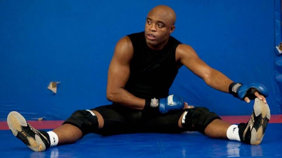 Anderson Silva treinando em academia da Barra da Tijuca, Rio de Janeiro - 22/12/2010