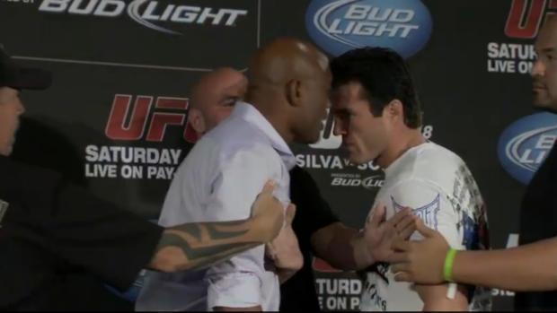 Anderson Silva e Chael Sonnen se estranharam na coletiva do UFC 148, em Las Vegas