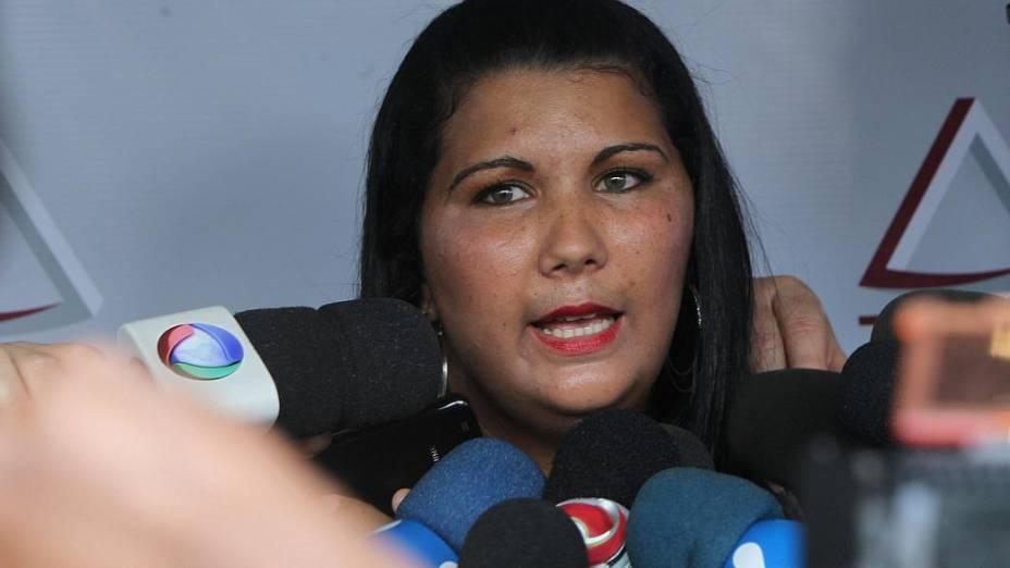 Andréa Silva, ex-namorada de Macarrão chega ao Fórum de Contagem para acompanhar o julgamento do goleiro Bruno