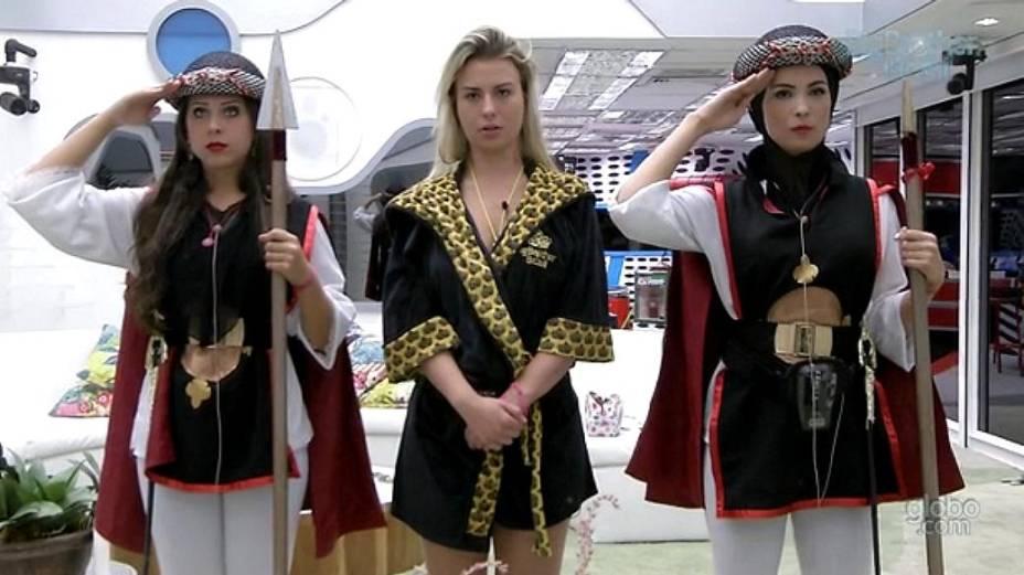 """Andressa e Kamilla tinham que cumprir o castigo do monstro """"protegendo"""" a líder Fernanda"""