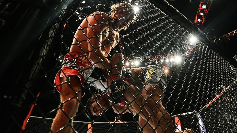 Ronny Markes e Andrew Craig durante UFC São Paulo no ginásio do Ibirapuera