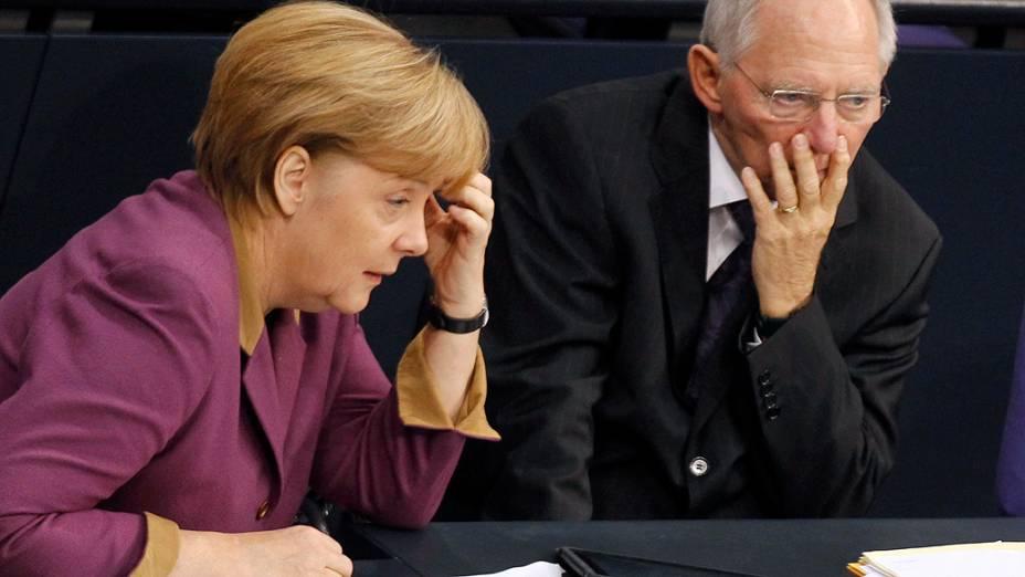 Câmara alemã aprova acordo de resgate à Grécia