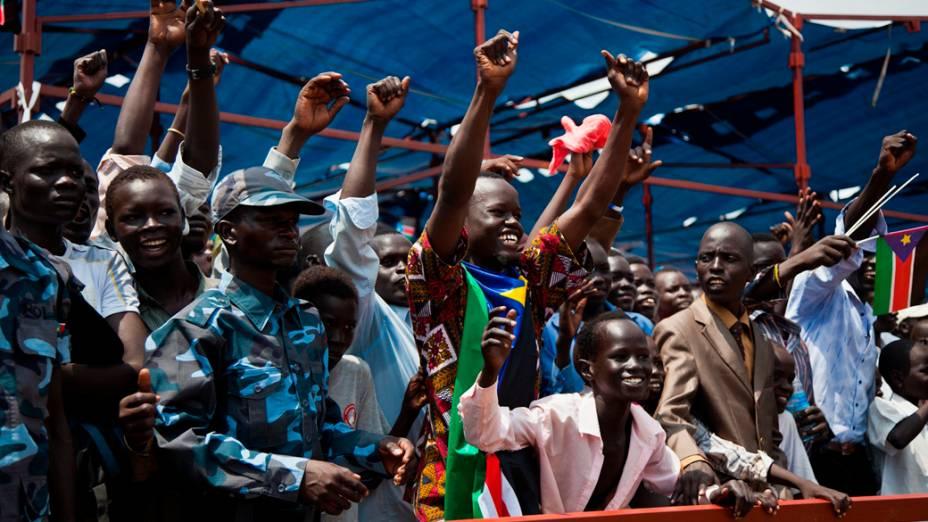 Civis durante as comemorações de um ano do Sudão do Sul