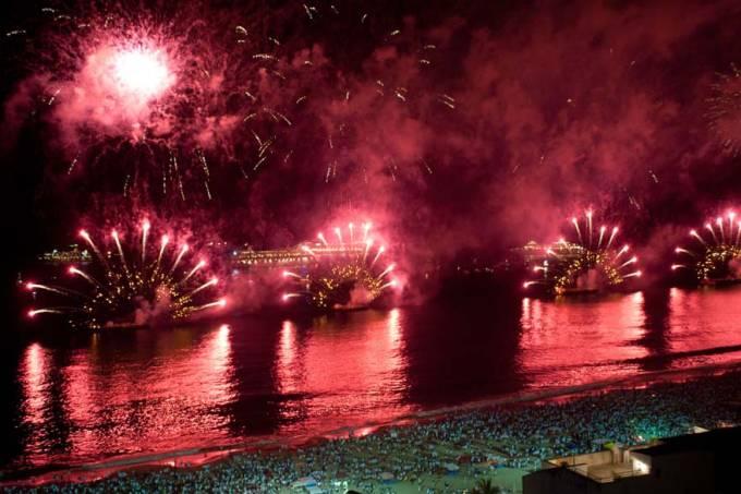ano-novo-rio-copacabana-20101231-06-original.jpeg