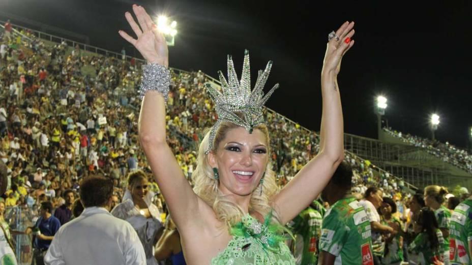 Antônia Fontenelle rainha de bateria da escola Mocidade Independente de Padre Miguel, no Rio de Janeiro