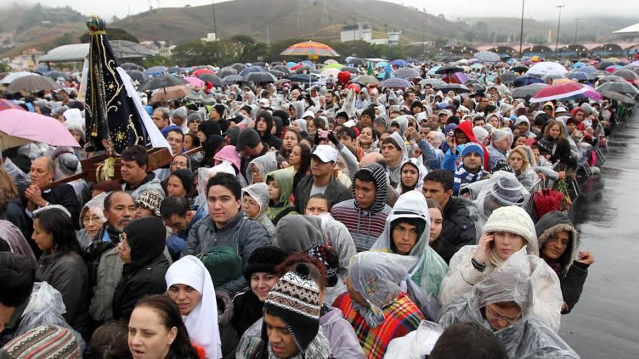 Peregrinos no Santuário Nacional de Nossa Senhora Aparecida, na cidade de Aparecida