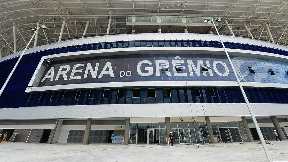 Preparativos para a inauguração da nova Arena do Grêmio, em Porto Alegre