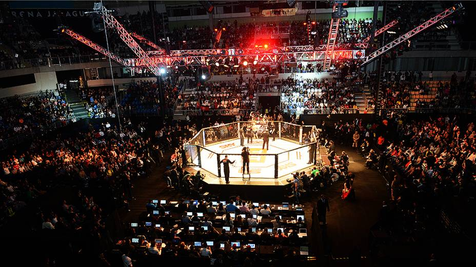 Lutadores do UFC durante luta em Jaraguá do sul no Norte de Santa Catarina