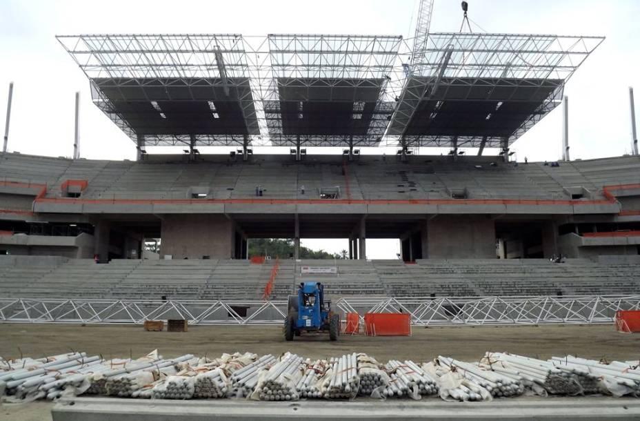 <br><br>  Arena Pernambuco: as obras em novembro de 2012