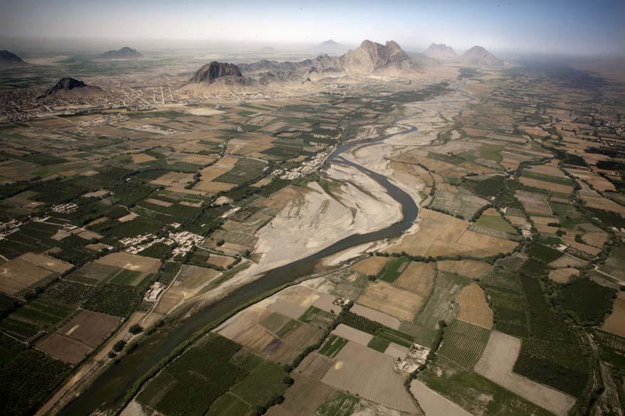 Vista aérea do Vale Arghandab, próximo à cidade de Kandahar
