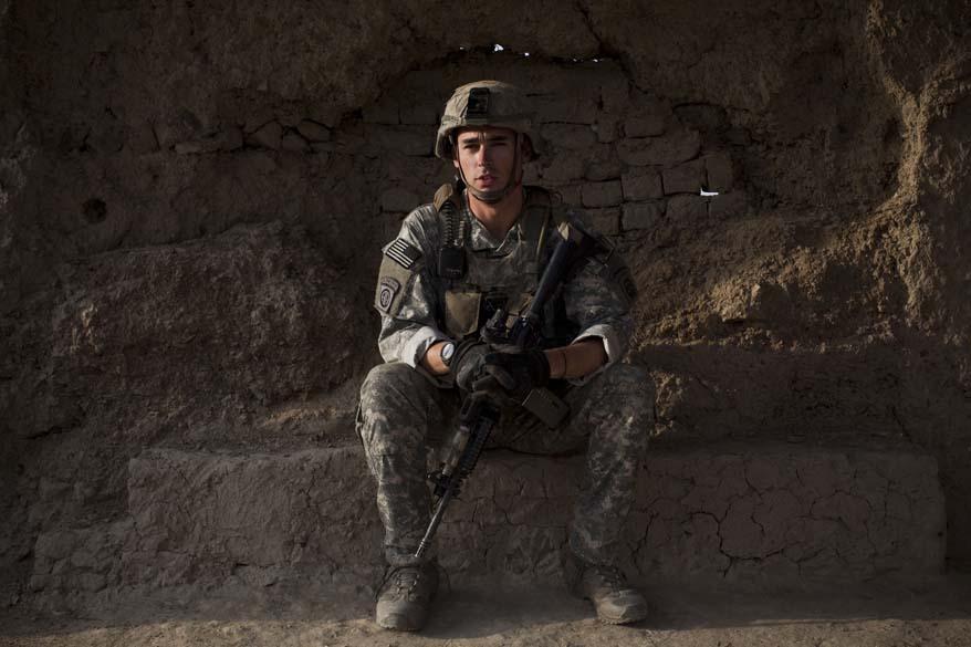 Soldado americano durante patrulha em Arghandab